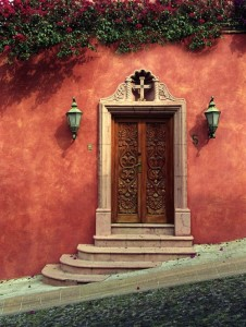 Красивые и необычные двери со всего мира. Продолжение