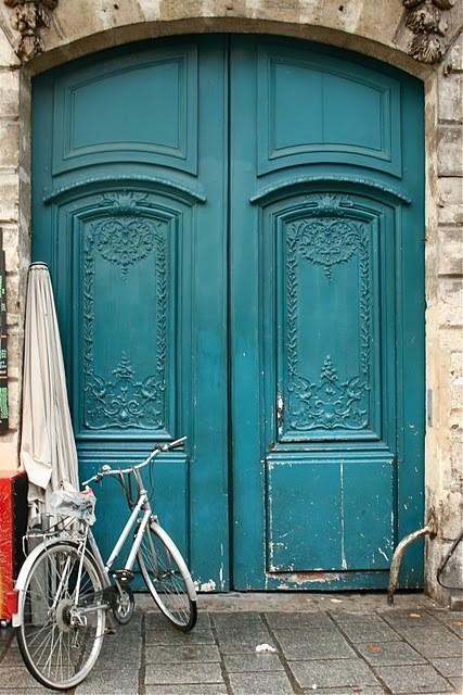 http://krasivmir.ru/wp-content/uploads/2012/10/krasivyie-i-neobyichnyie-dveri-so-vsego-mira-prodolzhenie-17.jpg