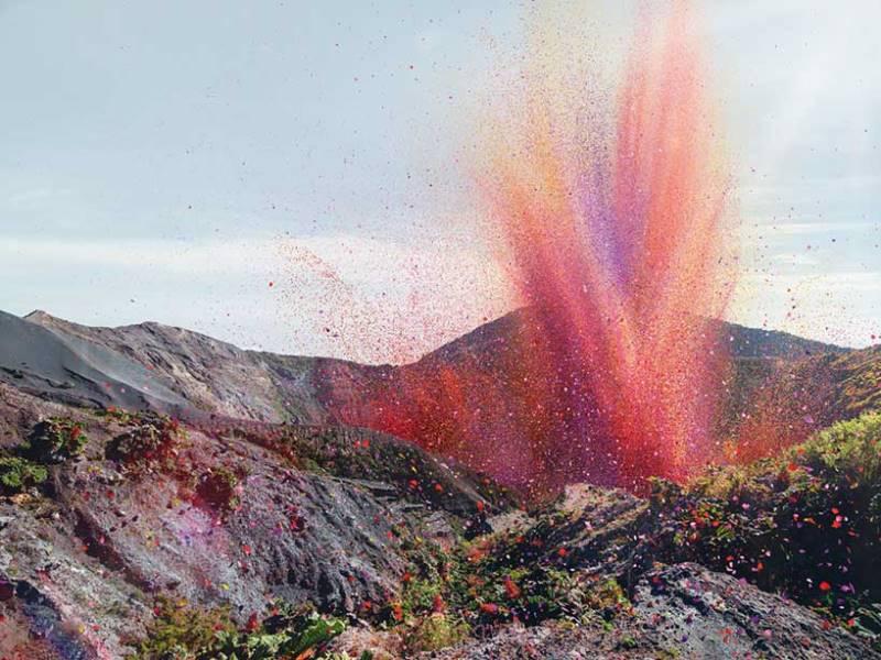 Извержение в 8 000 000 лепестков