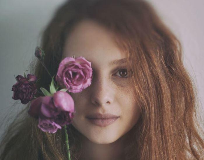 krasivyie-zhenskie-portretyi-mayi-topchagich (13)