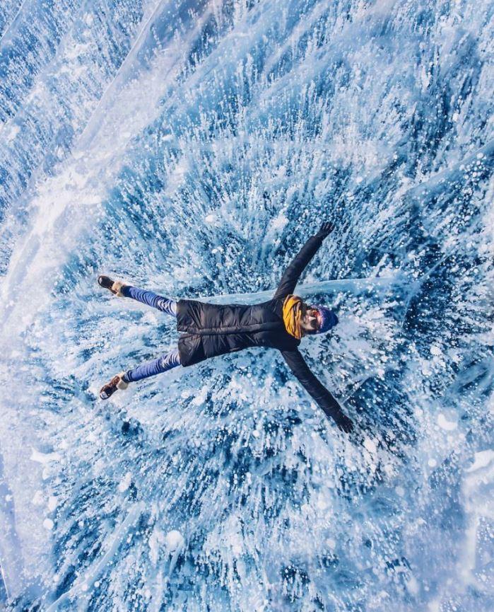 Замороженный Байкал