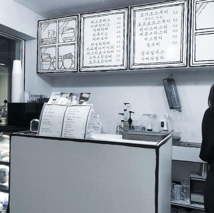 """Черно-белое """"мультяшное"""" кафе"""