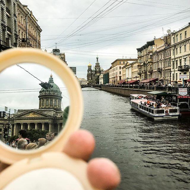 #throughthemirrorworld Инстаграм фото Павла Картунова @plastveer